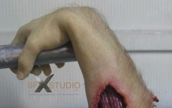 bendable-hand
